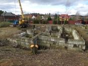 Разборка старого фундамента. Монолитное строительство загородных частных домов и коттеджей в Подмосковье