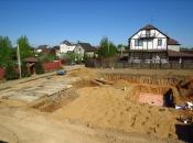 Подготовка котлована. Монолитное строительство загородных частных домов и коттеджей в Подмосковье